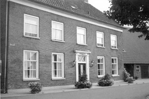 arend-2001-10