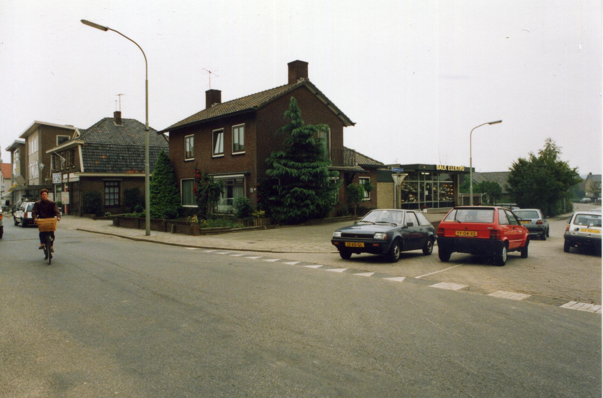 Dorpsstraat-hoek-Klappenburgstraat